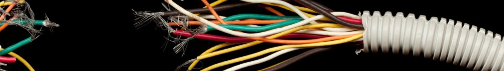 cropped-Broken-computer-cable1.jpg