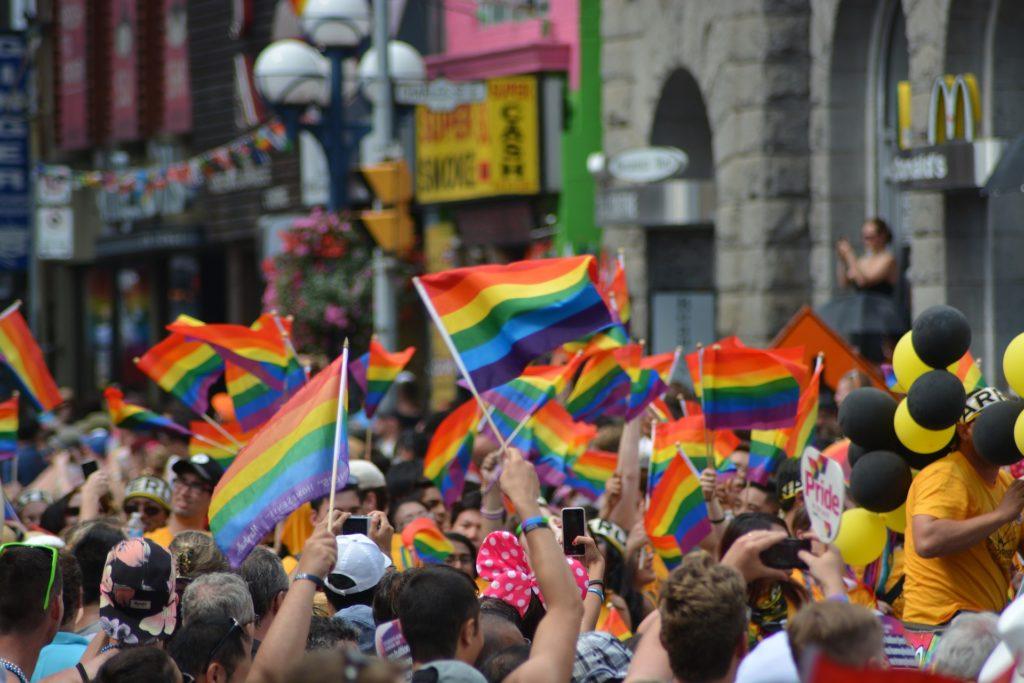 gay-1453594_1920